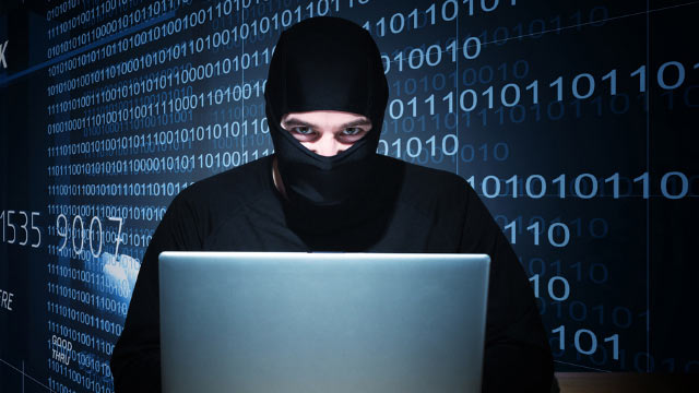 hacker atacando